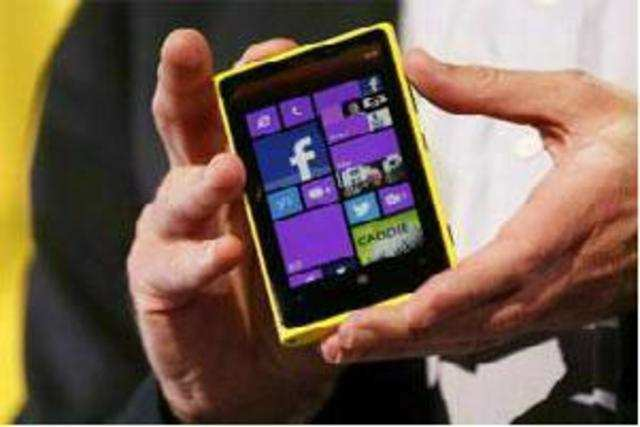 Nokia Lumia 920, running on Windows Phone 8, has reportedly received over 2.5 million pre-orders worldwide and is nearly sold out in the US.