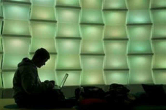 Young adults who are heavy users of the internet may also exhibit signs of addiction, scientists, including Indian-origin researchers, have found.