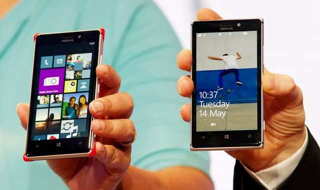 Nokia has launched its biggest-ever smartphone Lumia 625 as well as the new flagship handset Lumia 925 in India.