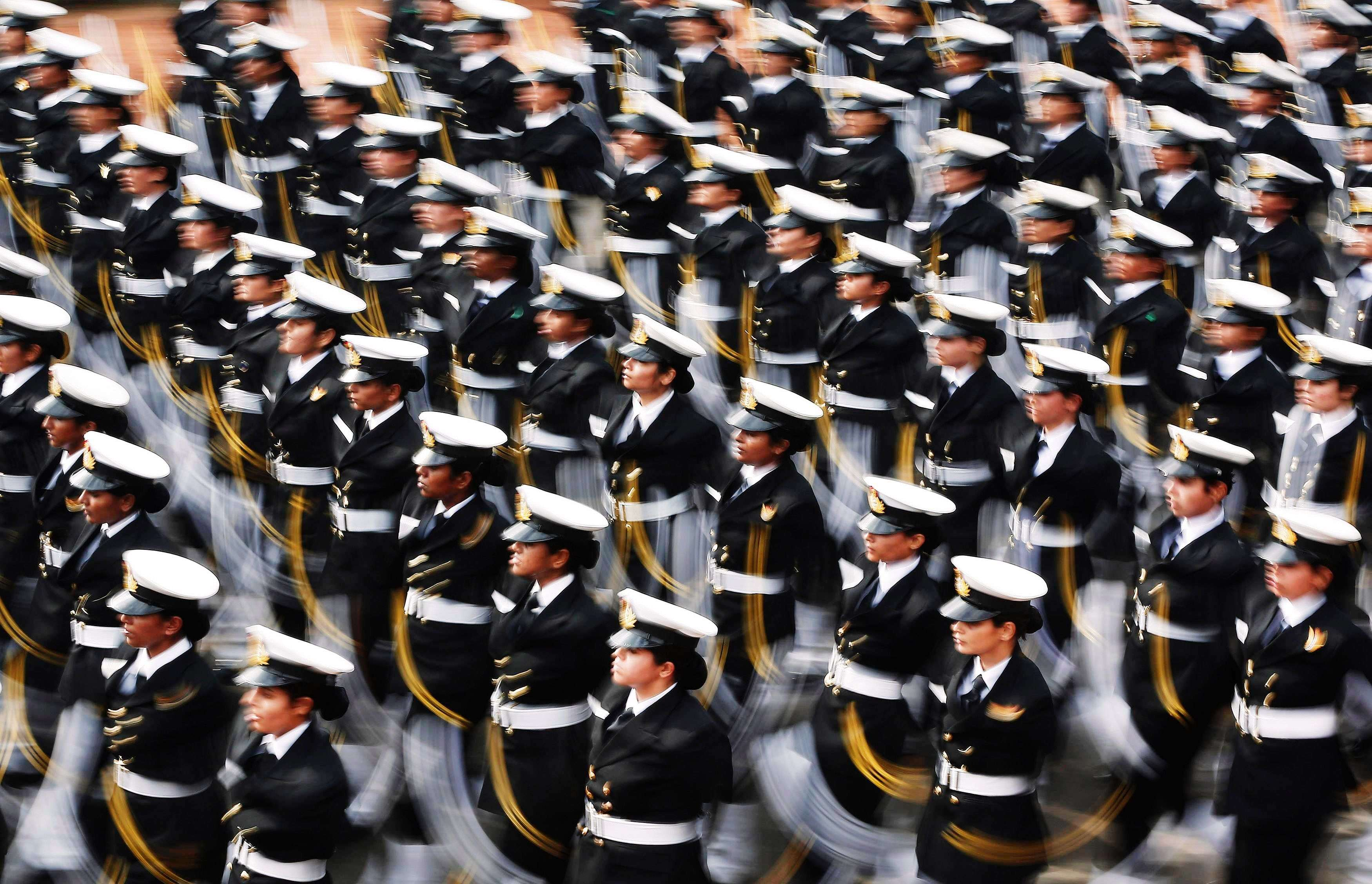 Soldiers march during the full dress rehearsal for the Republic Day parade in New Delhi. (REUTERS/Adnan Abidi)