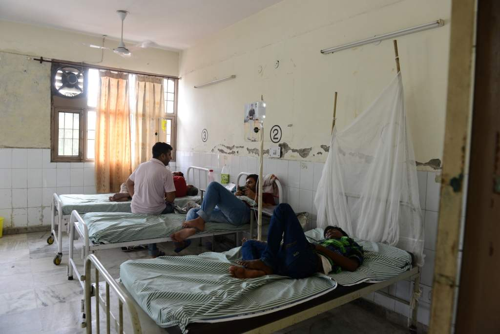 Chandigarh: Waste materials scattered all around, broken wheelchairs, dusty rusty stretchers, and people lying on floors are ugly truth of the unhygienic condition of the only health institution in Mohal This common scene has become a cause of concern for patients as well as doctors and the attendants. It appears that institution needs to take a close look of ideas from the private hospitals as far the matter of cleanliness and hygiene is taken in concern. And above all the scare of dengue which has hit hard already is rising day by day, 587 cases have been found till yesterday and sources told the cases of dengue are now touching 600 mark. The scenario at emergency, ICU, dengue, ECG ward speaks the truth about the magnitude of the situation as there is barely any ventilation and the rooms can suffocate the patient. As many as seven patient of dengue were lying in one small room. Moreover, the doctors who are treating patients are prone for higher risk as they are coming directly in contact with the infection. Most of the nurses were not wearing any mask and gown to prevent themselves form the infections. photo Dinesh Bhardwaj