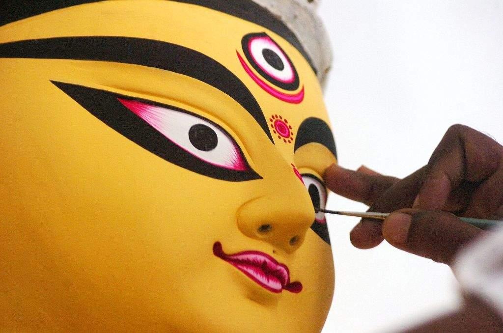 An artisan Sanjeev Pal from Kolkata preparing traditional idol of Goddess Durga at Bangali Akhara, Langertoli, premises in Patna on Thursday for forthcoming Durga Puja festival. pic by--k m sharma