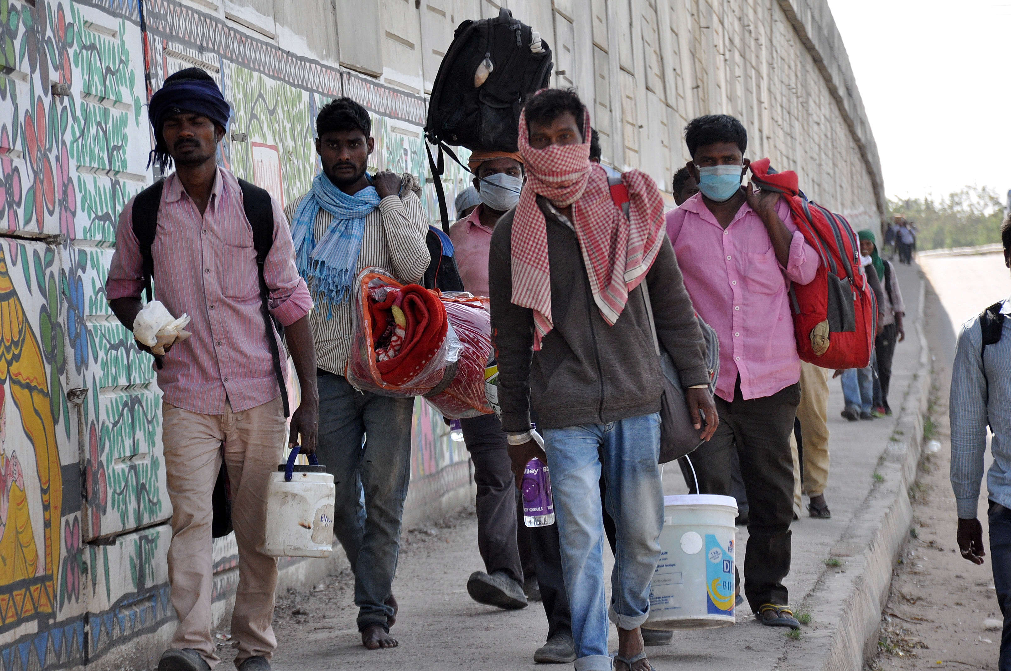 In The Garb Of 'Reviving Economy', UP Govt Scraps Labour Laws For ...