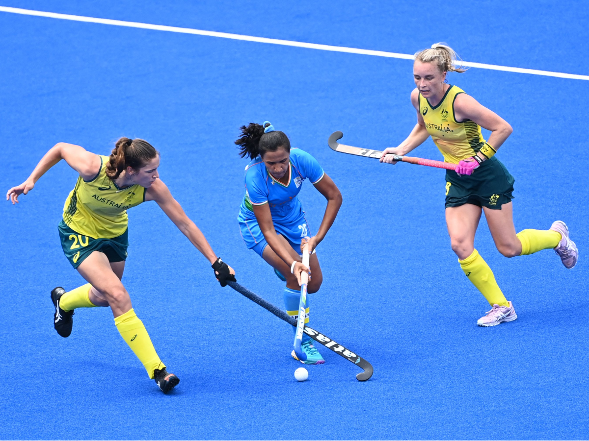 Quick Edit: Hockey performance should spur greater commitment