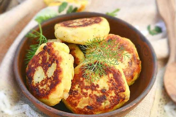 Hyderabadi cuisine food all you need to know sheer maal uzbek origin tahini arabic irani chaithe foreign influence on hyderabadi food is profound name a few dishes that you think have pure forumfinder Images