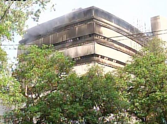 delhi fire 2