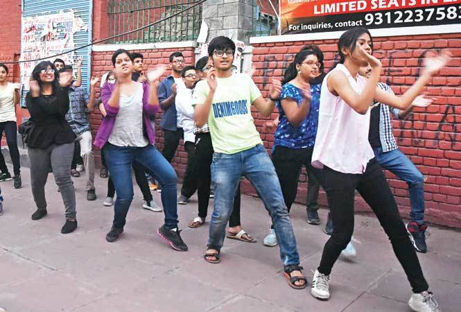 A flash mob was also performed by the students of IIT-D (BCCL)