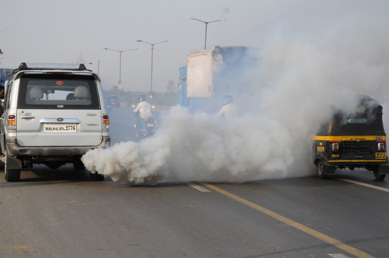 nariobis vehicle pollution Thousands of nairobi residents are regularly exposed to elevated concentrations of fine particle air pollution posing a long term health risk, environment cabinet secretary prof judi wakhungu has said.