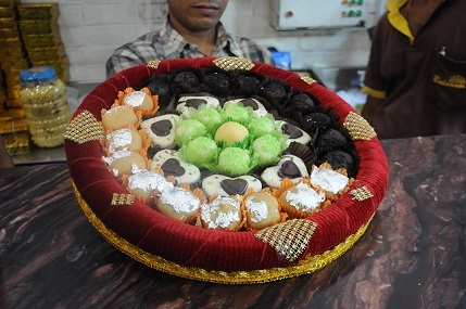 Balaram Mullick Diwali Gift Trays @ Rs 200 (3)