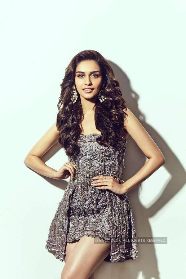 Manushi Chhillar Wallpapers Miss World 2017.