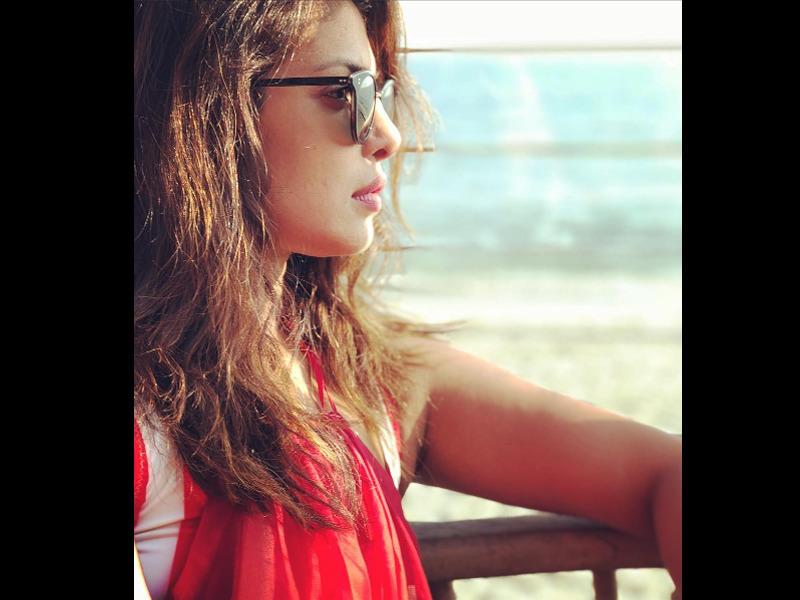 Priyanka Chopra Hot and Sexy Images: Bollywood Actress Photos xxx