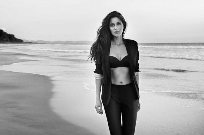 Katrina Kaif Looking Hot in Black