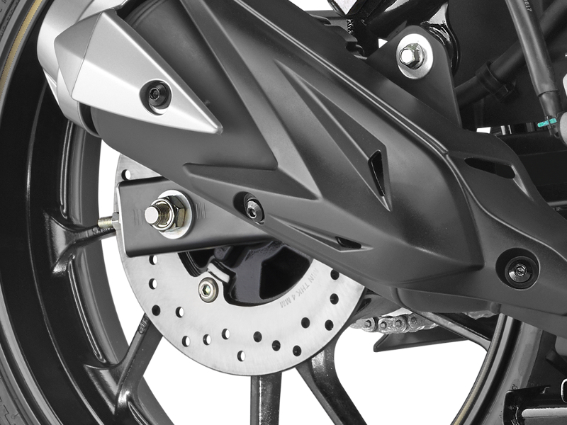 yamaha fz new yamaha fzs fi launched with rear disc brake times