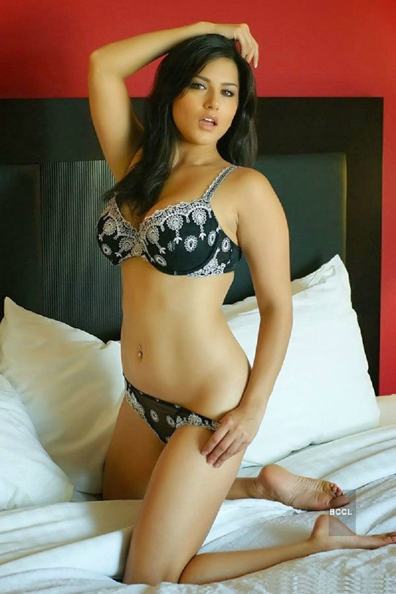 Sunny Leone Bikini Photos Biopic xxx