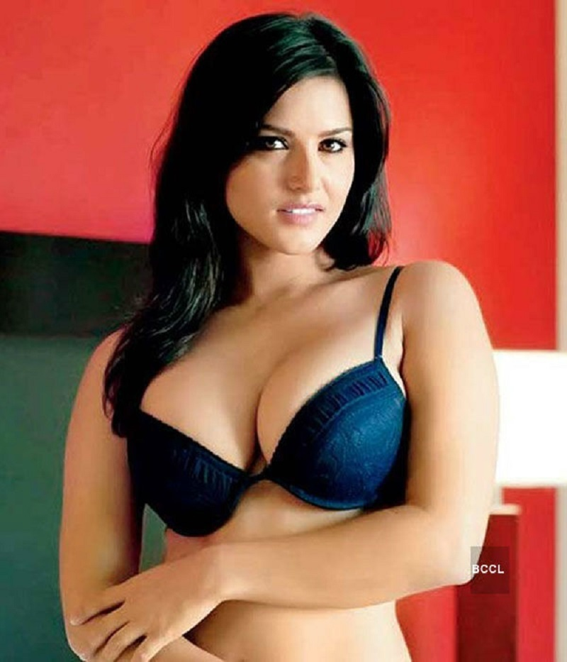 Sunny Leone Hot and Sexy Bikini Photos xxx