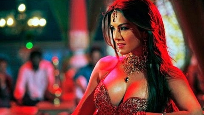 Sunny Leone Biopic Hot Photo
