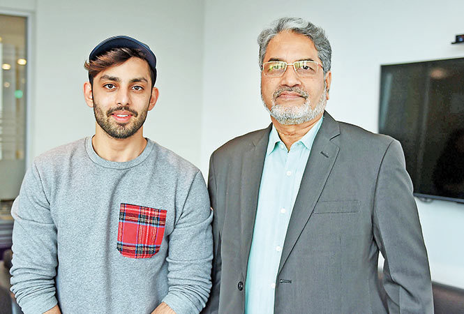 RAN_2819_Himansh-Kohli-met-Raghunath-K-Shevgaonkar,-new-VC-of-Bennett-before-taking-a-session-with-the-students