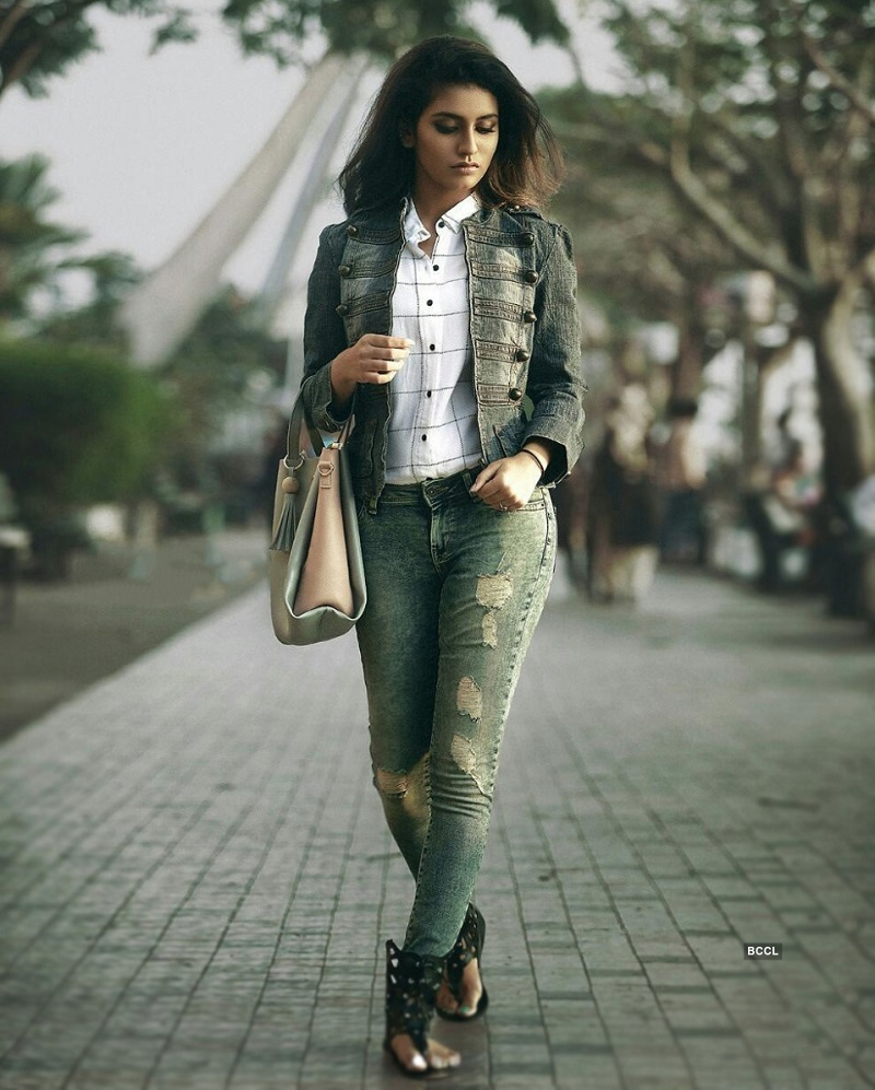 Priya Prakash Warrier Photos cute xxx