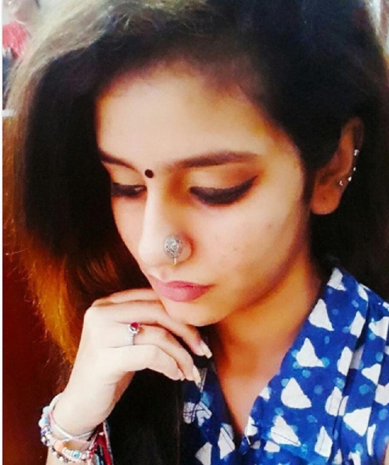 Priya Prakash Varrier sexy wink photo and video download xxx