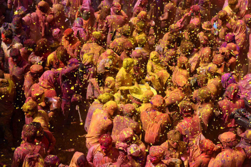 If wishes come in rainbow colors, then I would send the brightest one to say Happy Holi.