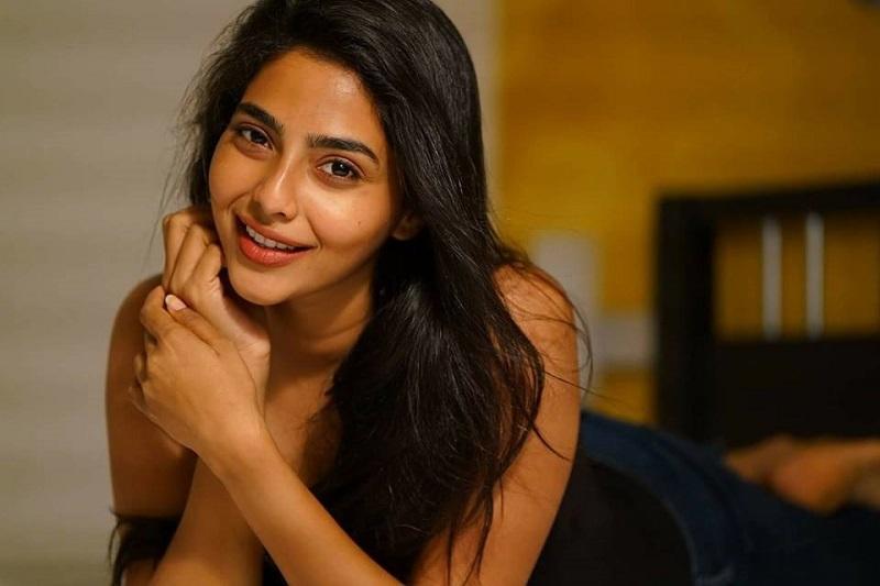 Aishwarya Lekshmi HD Photos xxx