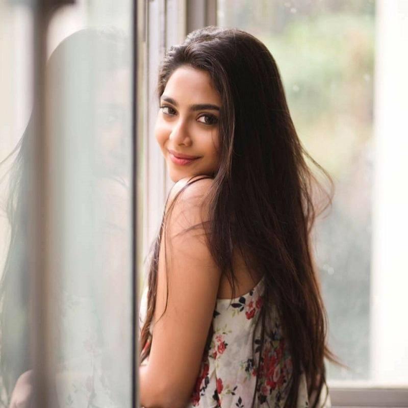 Aishwarya Lekshmi HD Photos