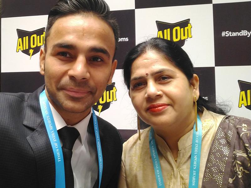 Gaurav-Bidhuri-&-Sunita-Bidhuri