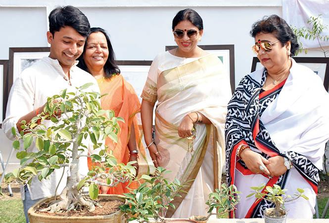 (L-R) Shashwat Pathak, Shweta Singh and Kum Kum Roy Choudhury (BCCL/ Vishnu Jaiswal)