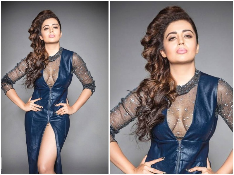 Neha Pendse Hot in Blue Dress