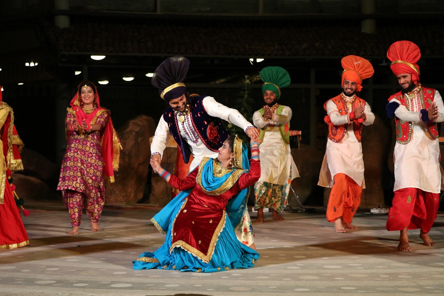 Apart from the traditional Bhangra, Giddha and Luddi were a fresh treat to  the audience. Performers also brought about a 300 year old story of Daaku  Jatt ...