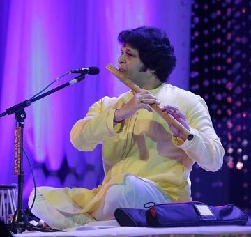 Pt Rakesh Chaurasia (1)