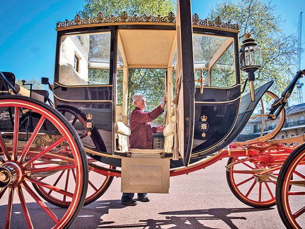 wed_carriage