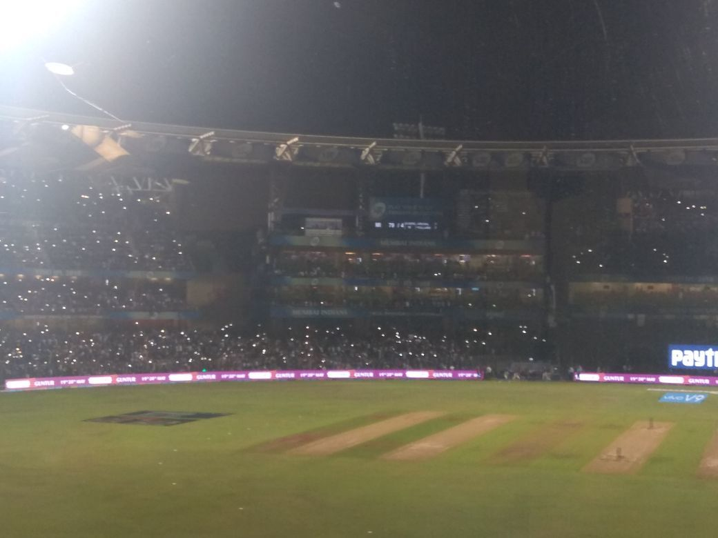 Floodlights dim at Wankhede stadium