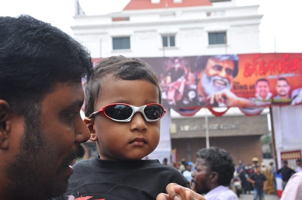 This is one stylish young fan of Rajinikanth!