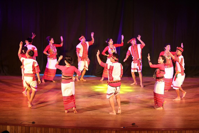 NE Dance (4)