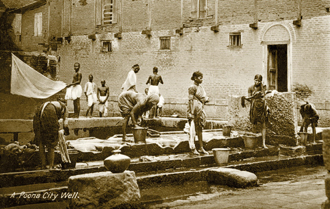 'A Poona City Well', a photographic postcard from Khan's collection