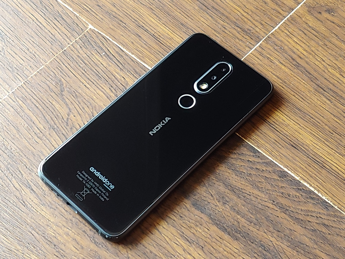 Nokia 61 Plus Review A Notch Above Others Gadgets Now Nonetheless Clean Definitely Looks Attractive The Dual Rear Cameras Are At Centre Inside Capsule Shaped Casing While
