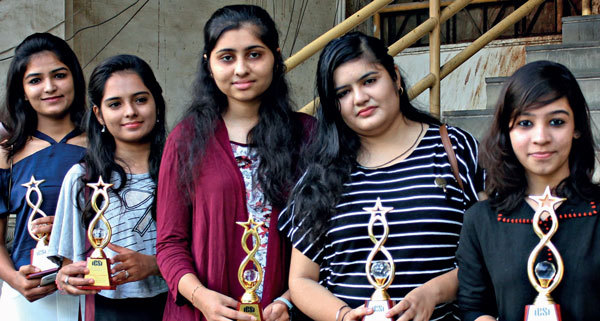 (L-R) Executive course toppers Kirti Bang (AIR 22), Manisha Mali (3rd in A'bad centre); professional course toppers Drashti Parikh (AIR 14), Nikitia Lakhiani (AIR 11), Sumaeya Kothawala (AIR 5); (