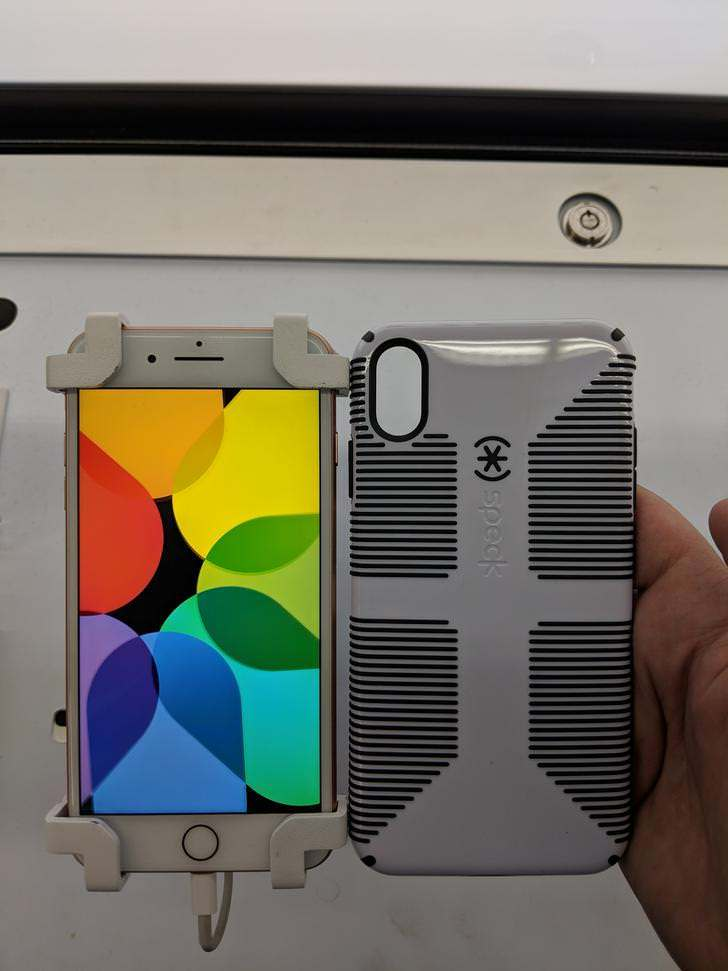 finest selection 39eec 629db iPhone Xs Max and iPhone 9 cases allegedly surface at Walmart ...