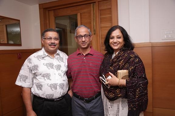 Ronen Roy,Pratap Gupta,Chandrima Roy