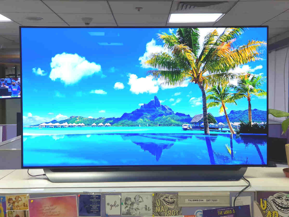 LG OLED C8 ThinQ TV review: 4K TV done right | Gadgets Now