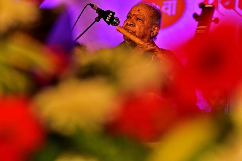 Pandit Hari Prasad Chaurasia at the 2017 Sawai Gandharva festival in Pune