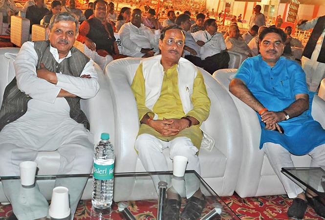 Dattatreya Hosabale (L) and Dr Dinesh Sharma (BCCL/ AS Rathor)