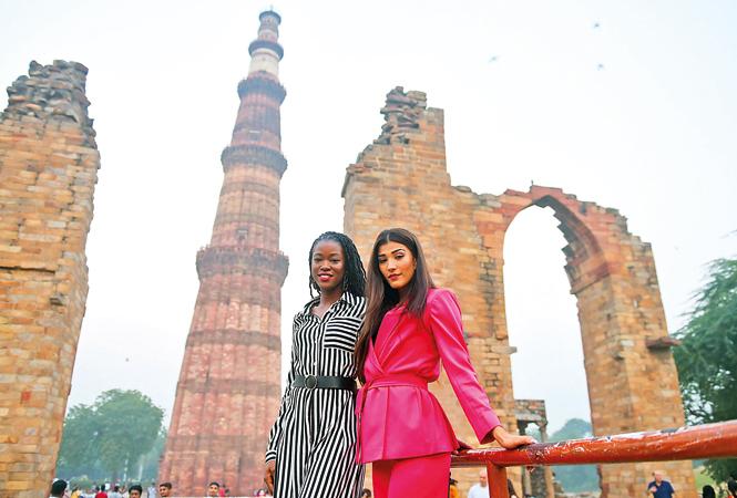 P1--Miss-Diva-Universe-Nehal-Chudasama-meets-Miss-Universe-Great-Britain-RAN_7610