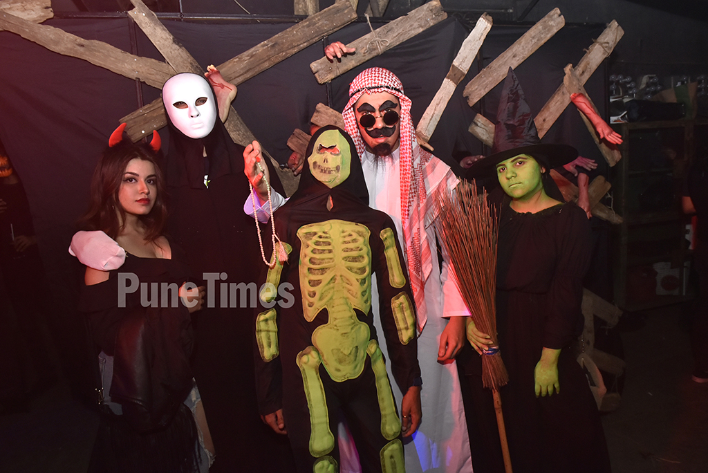Wicked Witch of the West: When the zombies, witches, ghouls and villains came out to party - Times of India When the zombies, witches, ghouls and villains came out to party - Times of India - 웹