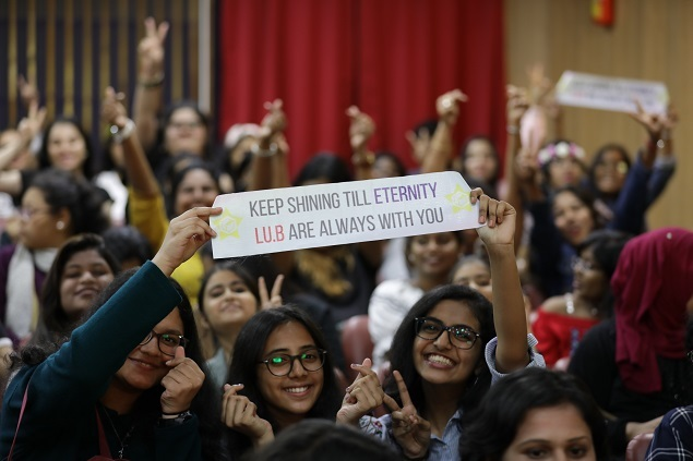 Fans at the LUCENTE concert in Mumbai. Photo by Ramesh Sable/TIL