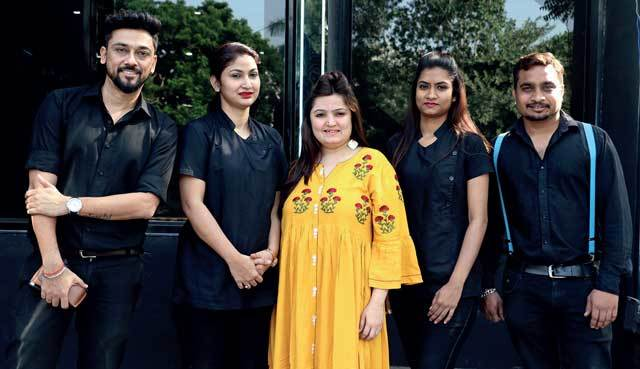 Team Blackk Spalon who put together all of the looks for us this Diwali