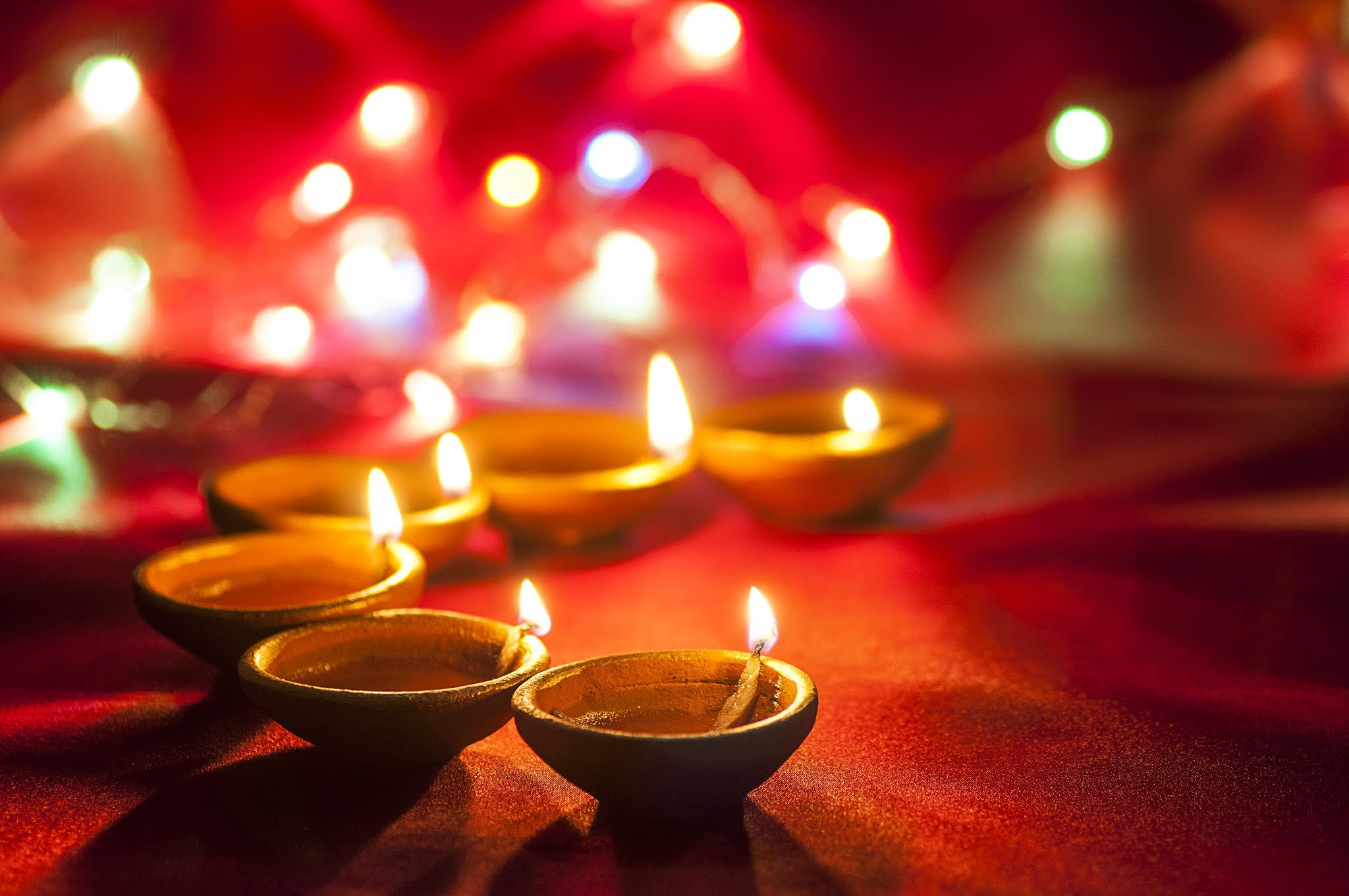 Happy Diwali 2018 WhatsApp Messages, Wishes, Greetings, Images