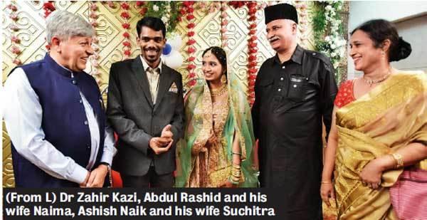 (From L) Dr Zahir Kazi, Abdul Rashid and his wife Naima, Ashish Naik and his wife Suchitra; Pic: SATISH MALAVADE
