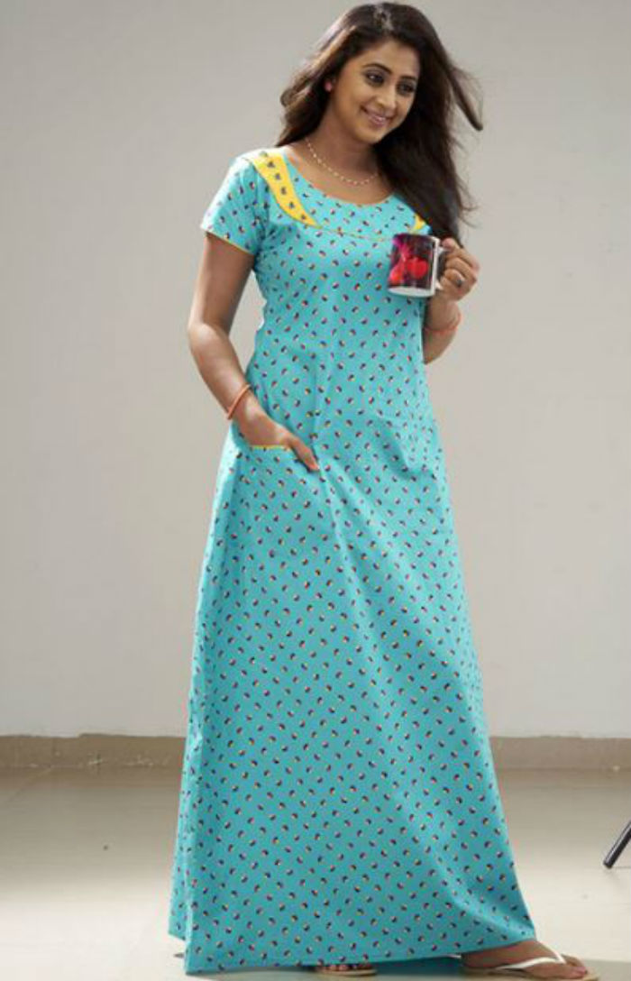 """To know how nighties became the """"national dress"""" in Kerala in the  70s 2fa03d275"""
